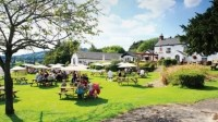 Weather is set fair: pubs hope for increase in weekend trade